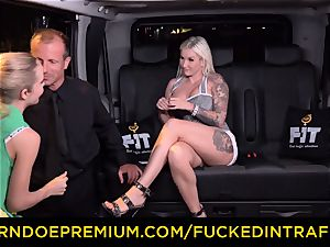 torn up IN TRAFFIC - sultry blondes car triangle banging
