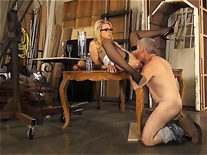 Mean manager Keira Nicole likes her foremans rock hard man meat