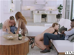 VIXEN Swinger duo Have red-hot sultry 4some