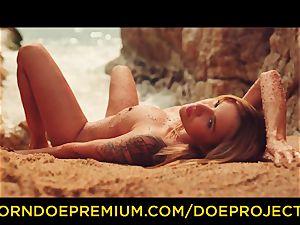 DOE nymphs - Outdoor beach oral pleasure and masturbation