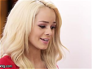 Elsa Jean and Jill Kassidy play some super-steamy oral games