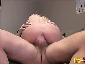 brunette unexperienced gapes her saucy caboose for a rigid beef whistle