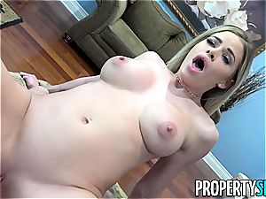 Realtor Jessa consults her stepcousin's man meat for free