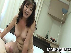 Michiko Okawa - JAV Oldie raw labia pummeled