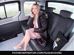 banged IN TRAFFIC - jizz on ass for mischievous slender blondie