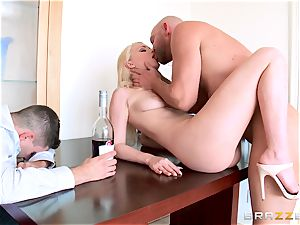 Staci Carr bangs behind her spouses back