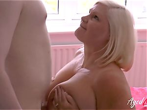 AgedLovE hard-core fuckfest with Mature Lacey Starr