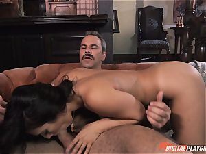 Eva Lovia pounded deep in her edible cunny pie pudding by anchorman