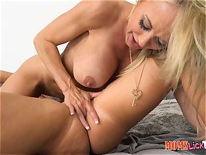 Brandi enjoy and Cali Sparks love mummy nubile minge munchables