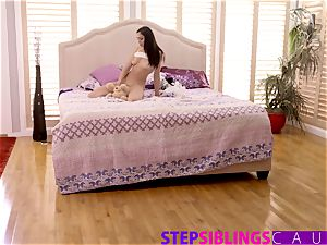 Helping My Step sista Ariana Marie jizz