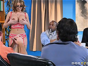 Britney Amber getting gang plumbed