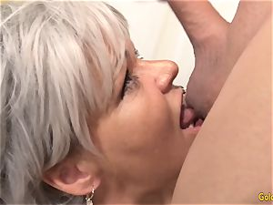 grannie Kelly Leigh Is insatiable for a boner
