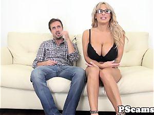 big boobed web cam honey Alyssa Lynn cumswallows