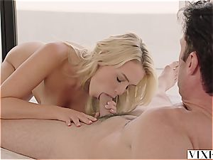 Mia Malkova seducing her super-fucking-hot renter