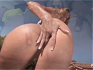 Katie got a splatter bottle fetish
