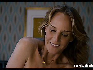 Heavenly Helen Hunt has a clean-shaven cooch for viewing