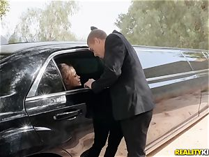 Jessa Rhodes smashed in the limo